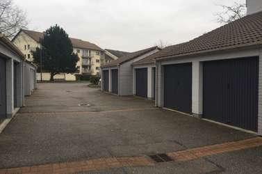Location garage box bois guillaume 76230 16 0 m for Box garage location