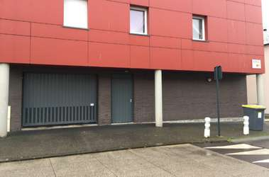 Garage à la location à Saint Aubin lès Elbeuf