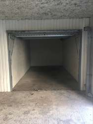 Location garage rouen rouen 76100 13 0 m jestocke for Location garage box