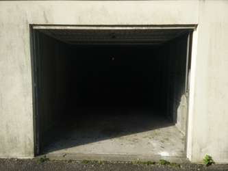 Location d'un garage de plain-pied