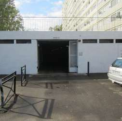 Grand box de stockage à Mulhouse