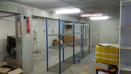 Local de stockage de 80 m² au centre de Saint Jorioz