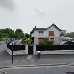 Loue garage accessible v hicule gagny 93220 35 0 m for Garage des floralies gagny